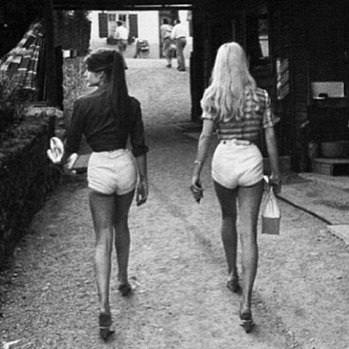Jane Birkin+Brigitte Bardot