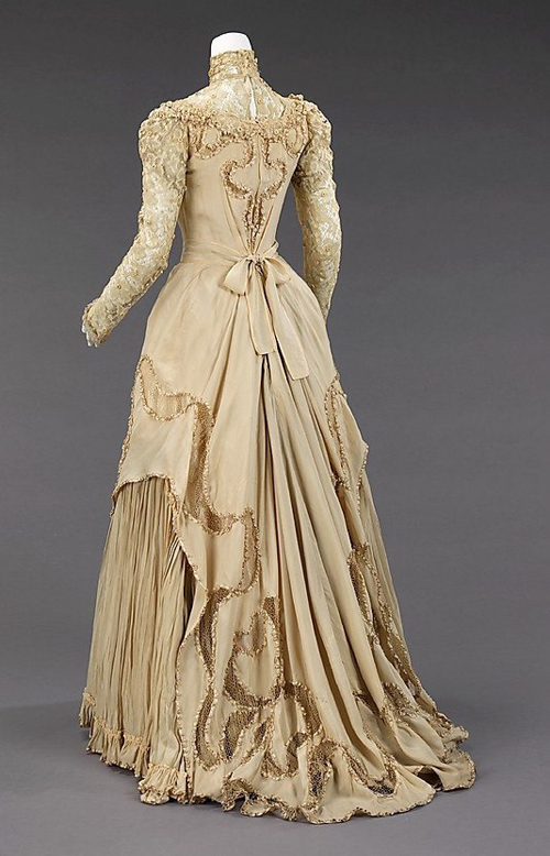 Fashion trends Fall 2015: Victorian style