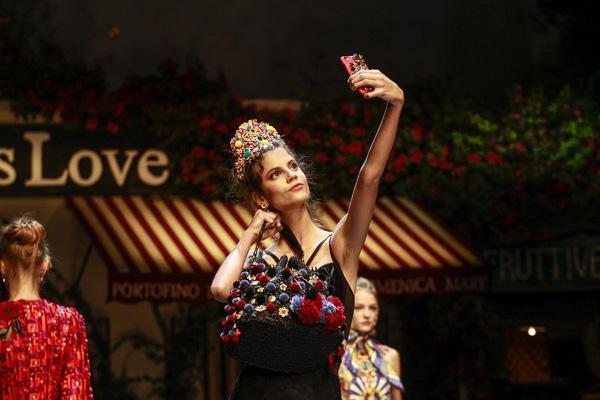 Dolce&Gabbana Spring 2016 Fashion Show