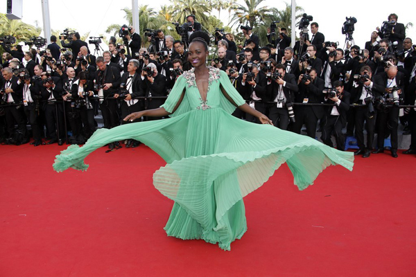 Lupita N'yongo de Gucci en el Festival de Cannes