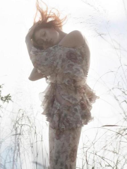 Alexander McQueen Spring 2016 Campaign
